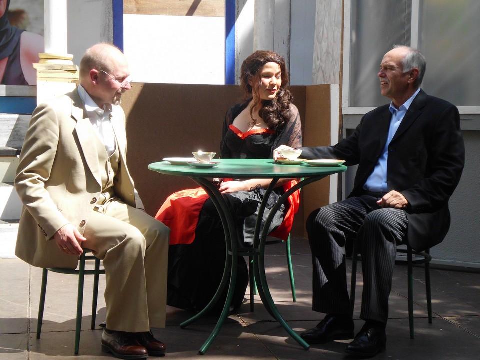 theaterverein-wetter-das-haus-in-montevideo-probe-pfingsten-11