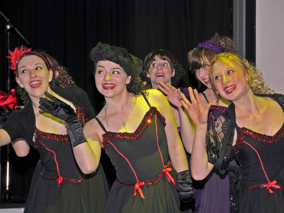 theaterverein-wetter-das-haus-in-montevideo-step-in-2